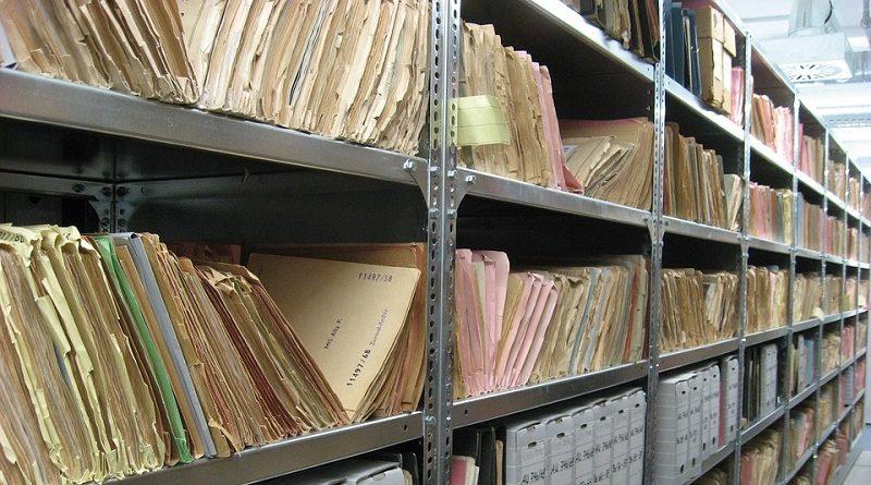 Ordnung in den eigenen Unterlagen halten